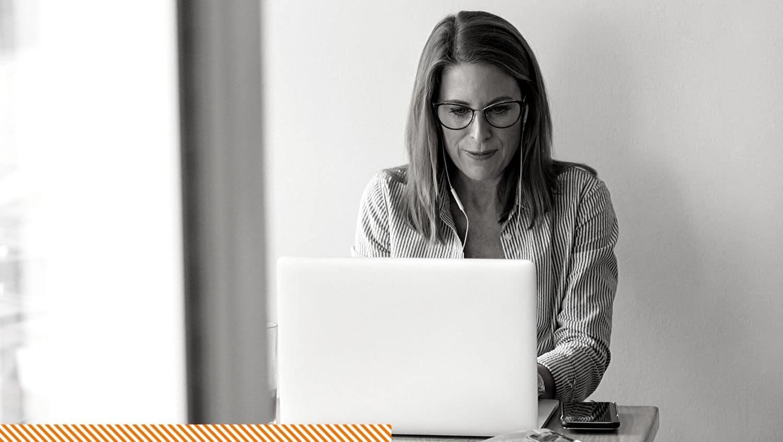 Performance Happiness - Tips om voor leidinggeven in moeilijke tijden aan je team bij thuis werken - focus op wat wel lukt in je team productief effectief werken